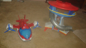 Paw patrol plane and house