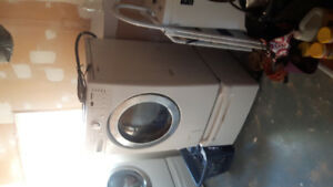 LG Tromm washing machine 2003