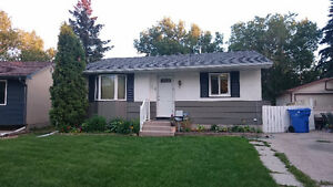 Beautiful Family home in Glencairn Village! 78 Stice Cres
