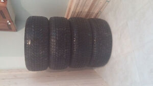 set de pneu dhiver 235/55/r17