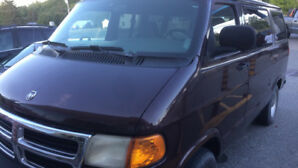 1999 Dodge Ram 1500 van - For parts or mechanics