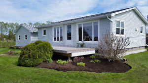 WELL LOVED YEAR ROUND COTTAGE WITH BEAUTIFUL WATER VIEWS