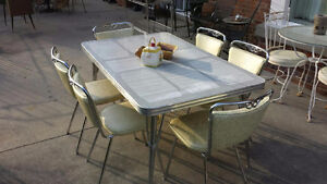 Retro/Vintage kitchen table and chairs - Blenheim