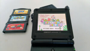 GBC sp Gameboy game boy Comme neuf Like new 4 Jeux Games
