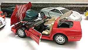 1985 Chevy Corvette 1/18 Die-cast. ..