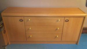 3 drawer 2 door dresser