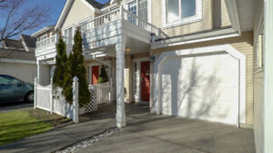 $590000 [VIRTUAL TOUR] Contemporary 3BR 2.5BTH Queen Mary Park