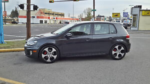 2010 Volkswagen GTI Autobagn package Hatchback NO TAX!!!