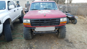 Manual ford f150 xlt 94 4x4 lifted