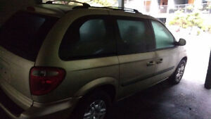2006 Dodge Caravan - Front end damage. Second car for parts incl