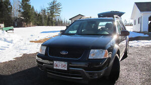 2006 Ford FreeStyle/Taurus X SEL SUV, Crossover