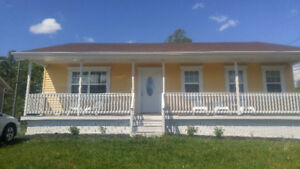 BEAUTIFUL 3 BEDROOM HOUSE FOR LEASE