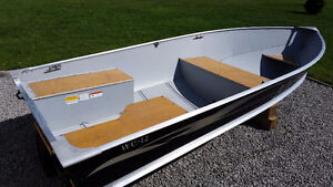 *BOAT SOLD*Lund WC-12 and Northtrail bunk trailer mint condition Peterborough Peterborough Area image 2