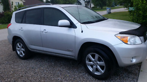 Rav4 Limited AWD 4x4