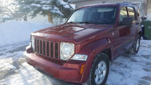 4x4 Jeep Liberty 2011