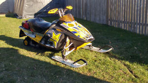 **Wanted** blown up or crashed sleds!!!!! Cash in hand !