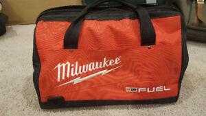 """Milwaukee 16"""" tool bag"""