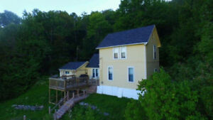 Beautiful & Private Cottage / Home along the Saint John River