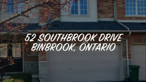Town house in binbrook for rent 1550sq feet