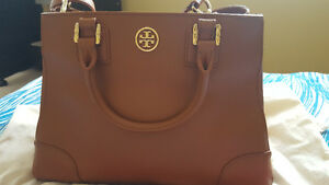 TORY BURCH ROBINSON SATCHEL - NEGOTIABLE