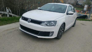 REDUCED...2012 JETTA GLI. FULLY LOADED