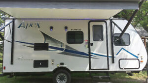 TRAVEL TRAILER RENTAL 2017 Coachmen Apex Nano sleeps 5, 2850lbs