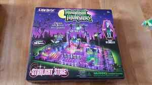 Moonlight monsters Lite brix sets