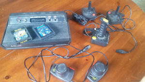 Vintage ATARI 2600 Video Game Console