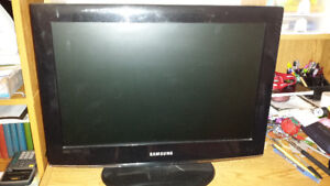 Flat screen for sale! 50$ Serious inquiries only!