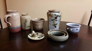 7 pieces pottery / poterie