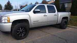 "4""lifted Chevy Silverado 2011"