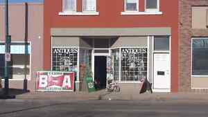 GRANDMAS ANTIQUES OPEN TUESDAY TO SATURDAY