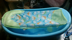 3 stage infant boys bath tub- excellent condition Kitchener / Waterloo Kitchener Area image 1
