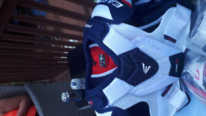 Brand new Easton pro 10 Shoulders pads  and elbows and shin pads