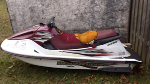Yamaha Waverunner GP760 (NO ENGINE)