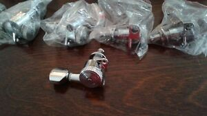 A vendre for sale Electric Tuner lock peg +telecaster bridge