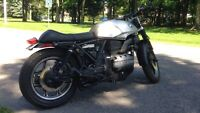 Moto BMW K75s cafe racer motorcycle naked rat bike