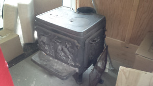Cawley LeMay 800 cast iron wood stove 800