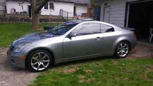 Infiniti g35 coupe LOW MILEAGE!