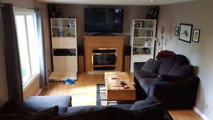 Large Bedroom in Comfortable, Quiet House-Available Immediately!