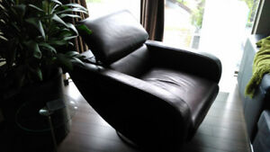 Contemporary Leather Chair - Brown