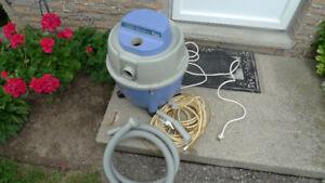 Bissell Carpet Machine Plus M-1630C Vacuum