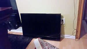 Samsung 32 inch TV good condition