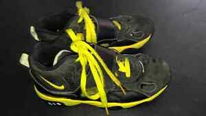 Basketball shoes Stratford Kitchener Area image 1