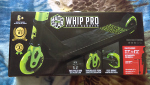 Madd Gear Whip Pro Stunt Professional Scooter