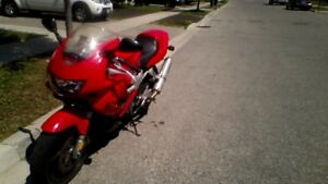 1998 Honda VTR 1000 (DO NOT REPLY BY E_MAIL)