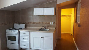 DOWNTOWN BACHELOR -- NEWLY RENOVATED -- ALL INCLUSIVE