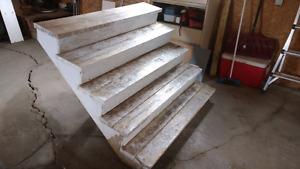 Escalier en bois traité