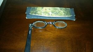 Antique leder ladies gloves and eye glasses Kitchener / Waterloo Kitchener Area image 4