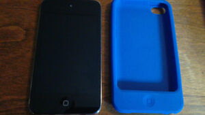 iPod Touch (4th generation) with case and charger